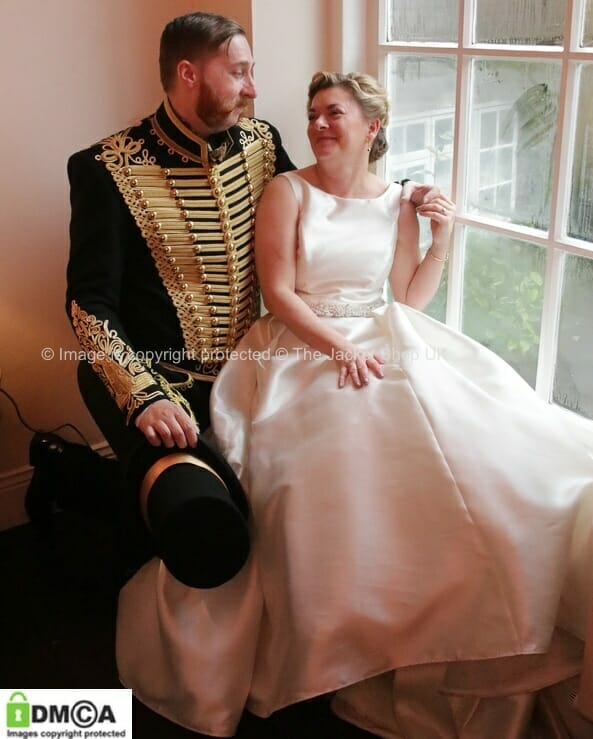 https://thejacketshop.co.uk/wp-content/uploads/2018/05/categories-buy-military-wedding-uniform-jacket-tunic-dolman.jpg