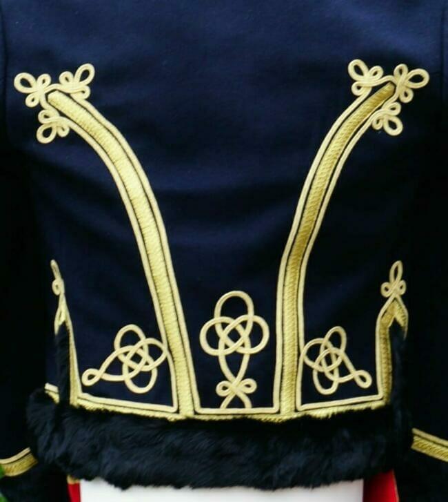 Detail braiding back of hussars jacket
